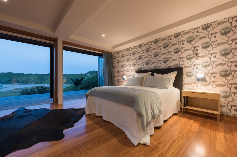 Otaha Beachfront Lodge Spacious Bedroom | Bay of Islands, Northland