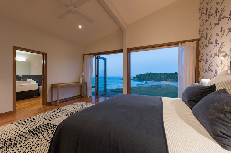 Otaha Beachfront Lodge Bedroom with Ensuite Bathroom | Bay of Islands, Northland