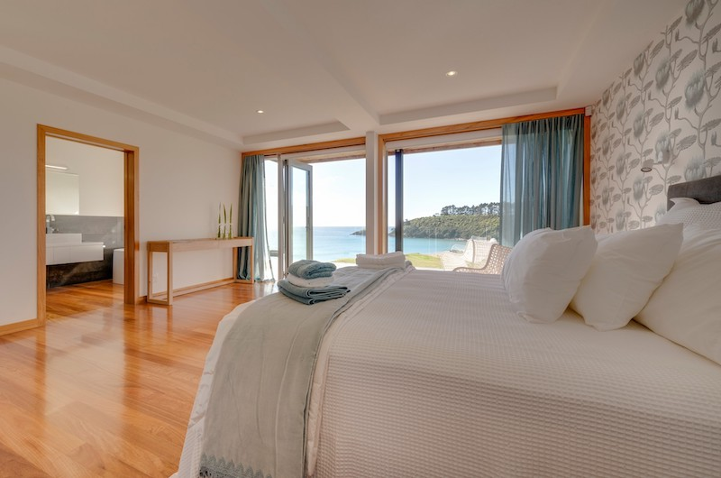 Otaha Beachfront Lodge Bedroom | Bay of Islands, Northland