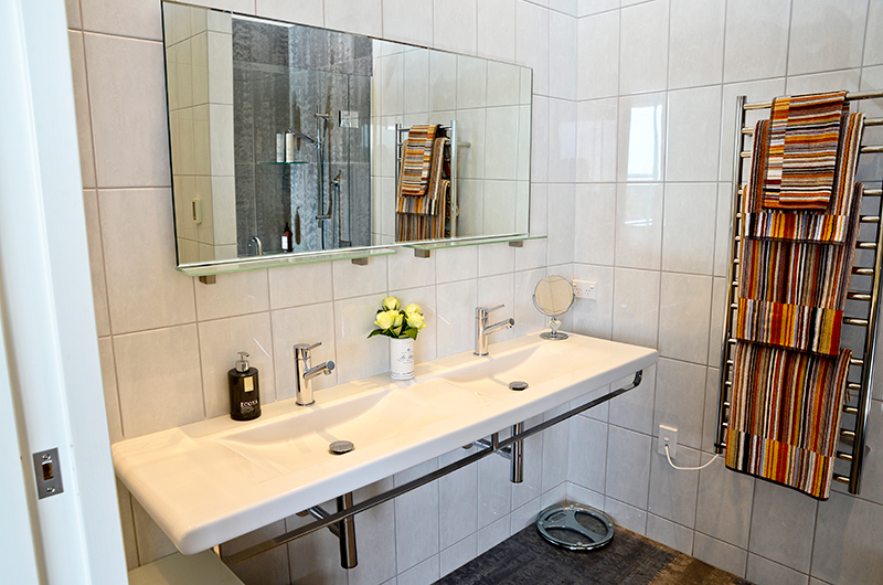 Whale Bay Estate His and Hers Vanity | Matapouri, Northland