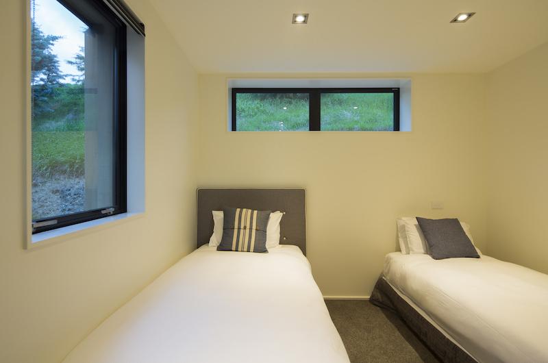 Alpine Retreat Twin Bedroom | Queenstown, Otago