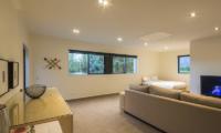 Alpine Retreat Spacious Bedroom | Queenstown, Otago