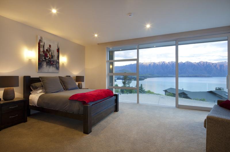 Aspen House Bedroom with Wooden Deck | Queenstown, Otago