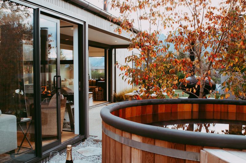 Falconer Rise Autumn Tree | Queenstown, Otago