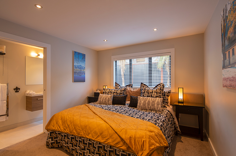 Kohanga Luxury Lakeside Villa Spacious Bedroom | Queenstown, Otago