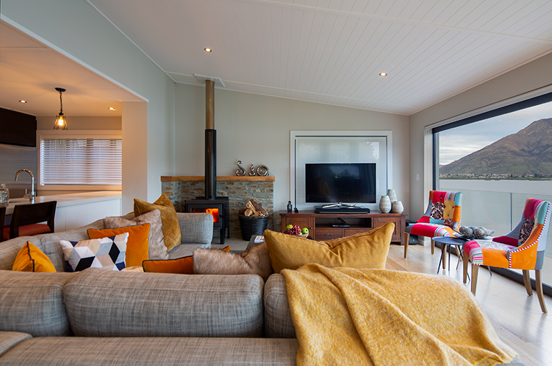 Kohanga Luxury Lakeside Villa Living Room with Fire Place | Queenstown, Otago
