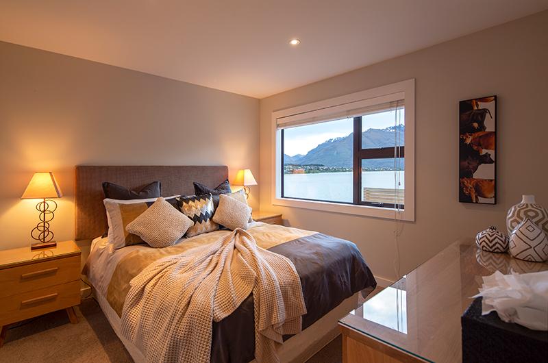 Kohanga Luxury Lakeside Villa Guest Bedroom with Lake View | Queenstown, Otago
