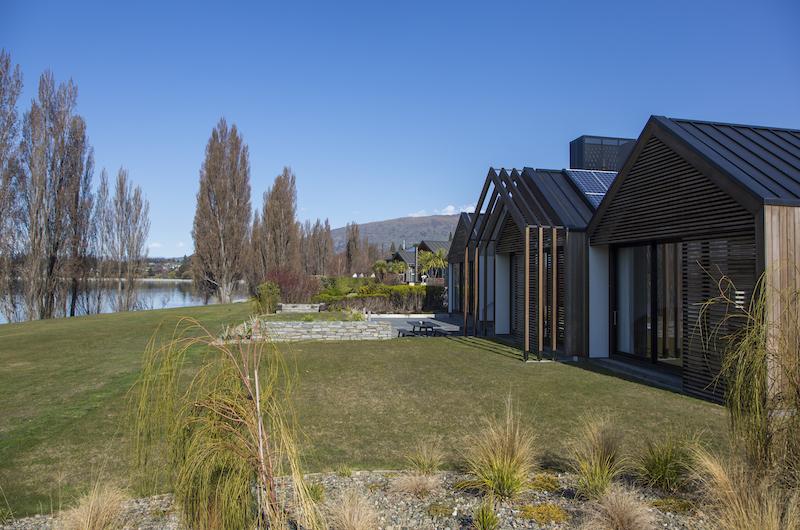 Sunrise Bay Tropical Garden | Wanaka, Otago