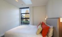 Sunrise Bay Guest Bedroom | Wanaka, Otago
