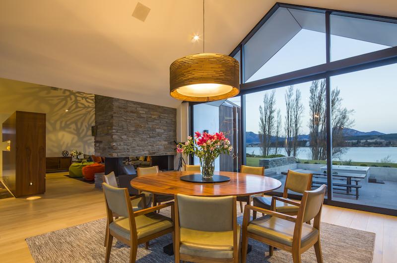 Sunrise Bay Round Dining Table | Wanaka, Otago