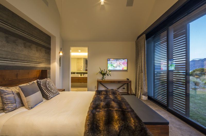 Sunrise Bay Master Bedroom | Wanaka, Otago