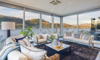 Supreme Lakefront Living Room with Lake Views | Queenstown, Otago