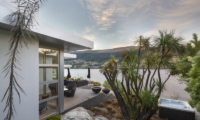 Supreme Lakefront Jacuzzi | Queenstown, Otago