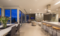 The Views Living Room   Queenstown, Otago