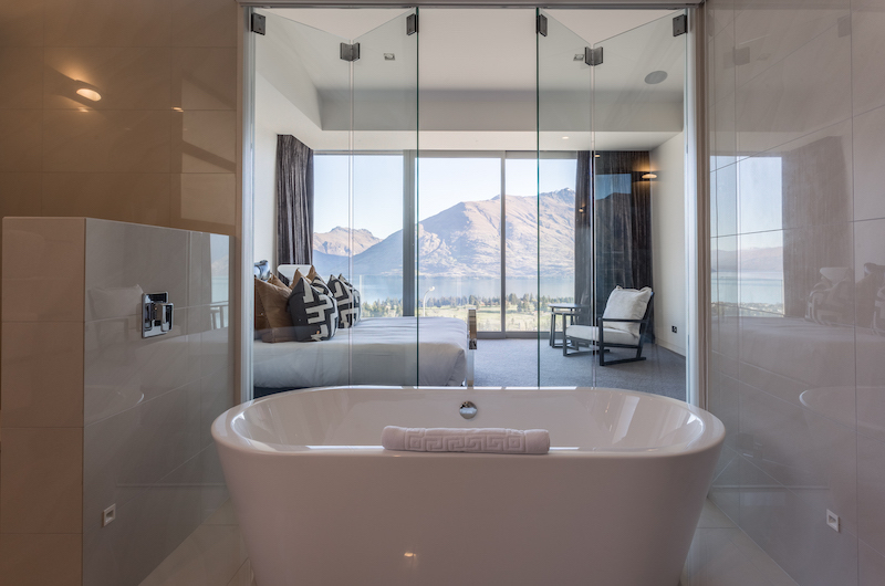 Views on Edinburgh Bathtub | Queenstown, Otago