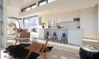 Views on Edinburgh Living Room and Kitchen | Queenstown, Otago