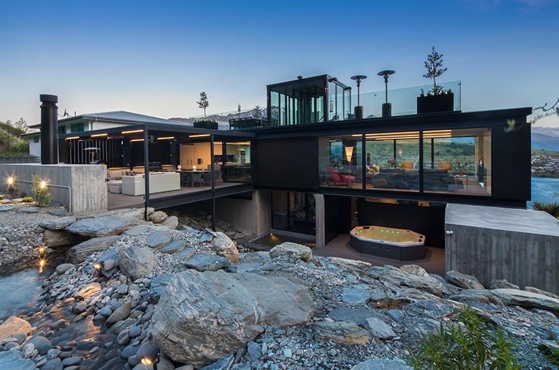 Villa Cascata Jacuzzi | Queenstown, Otago