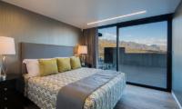 Villa Cascata Bedroom with Terrace | Queenstown, Otago