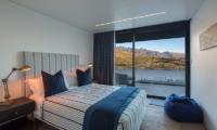 Villa Cascata Guest Bedroom with Balcony | Queenstown, Otago