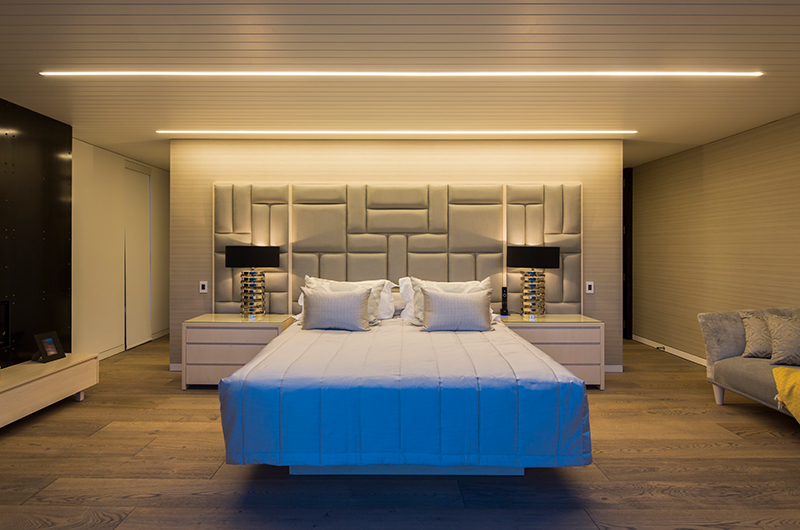 Villa Cascata Spacious Bedroom | Queenstown, Otago