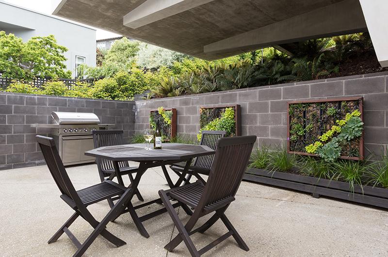 Villa Fifteen Outdoor Barbecue | Queenstown, Otago