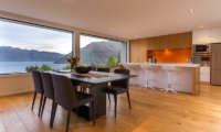Villa Fifteen Dining Table with Lake Views | Queenstown, Otago