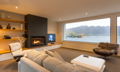 Villa Fifteen Indoor Fire Place | Queenstown, Otago