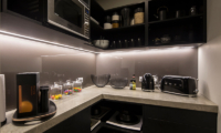 Villa Kahua Fully Equipped Kitchen | Queenstown, Otago