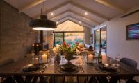 Villa Kahua Dining Table | Queenstown, Otago