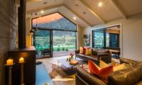 Villa Kahua Indoor Seating | Queenstown, Otago