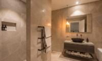 Villa Kahua Ensuite Bathroom | Queenstown, Otago