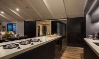 Villa Kahua Kitchen Equipment | Queenstown, Otago