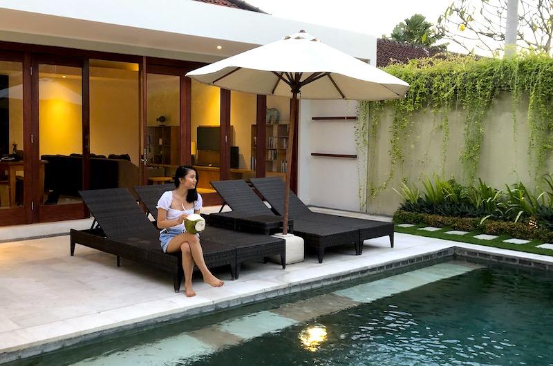 Bali Seminyak Umah Kupu Kupu Poolside Coconut