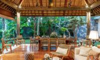 Villa Bella Bambu Dining Area | Pererenan, Bali
