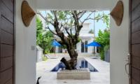 Villa Capil Frangipani Tree | Batubelig, Bali