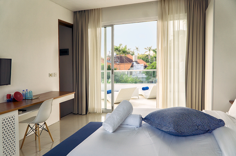 Villa Capil Bedroom with TV | Batubelig, Bali