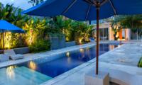 Villa Capil Square Pool | Batubelig, Bali