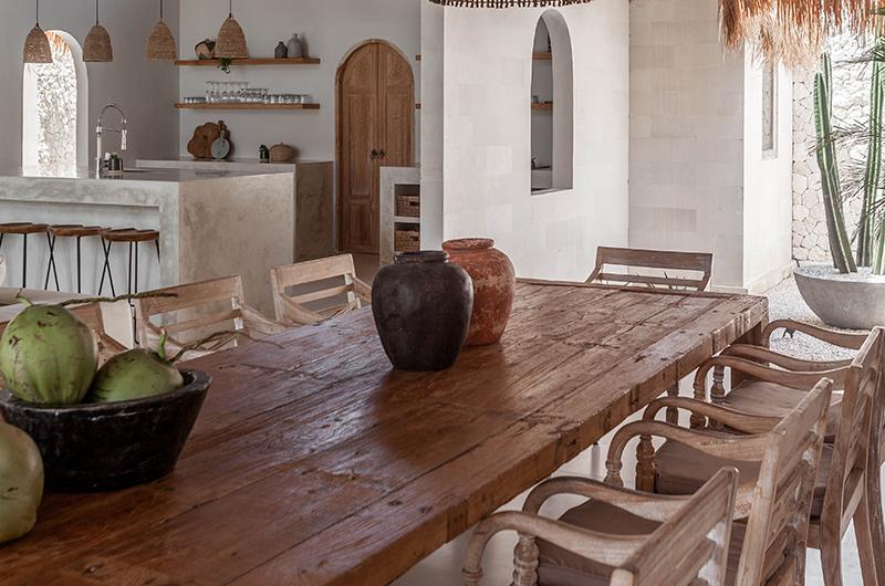 Villa Massilia Dua Dining Table | Seminyak, Bali