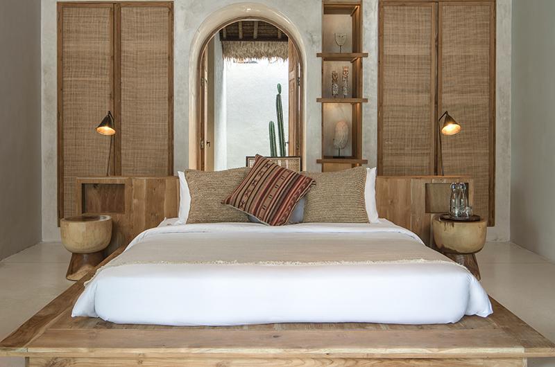 Villa Massilia Satu Bedroom with Lamps | Seminyak, Bali