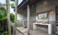 Villa Massilia Tiga Open Plan Bathroom   Seminyak, Bali