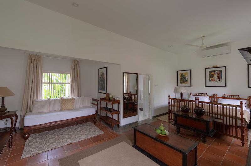 Rock Villa Superior Room with Seating | Bentota, Sri Lanka
