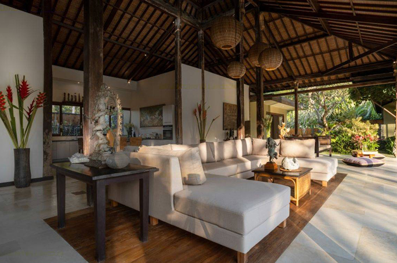 Villa Crystal Castle Indoor Seating | Ubud, Bali