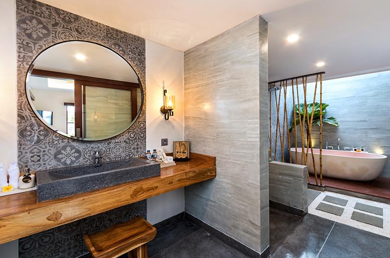 Villa Elite Tara Guest Bathroom | Canggu, Bali