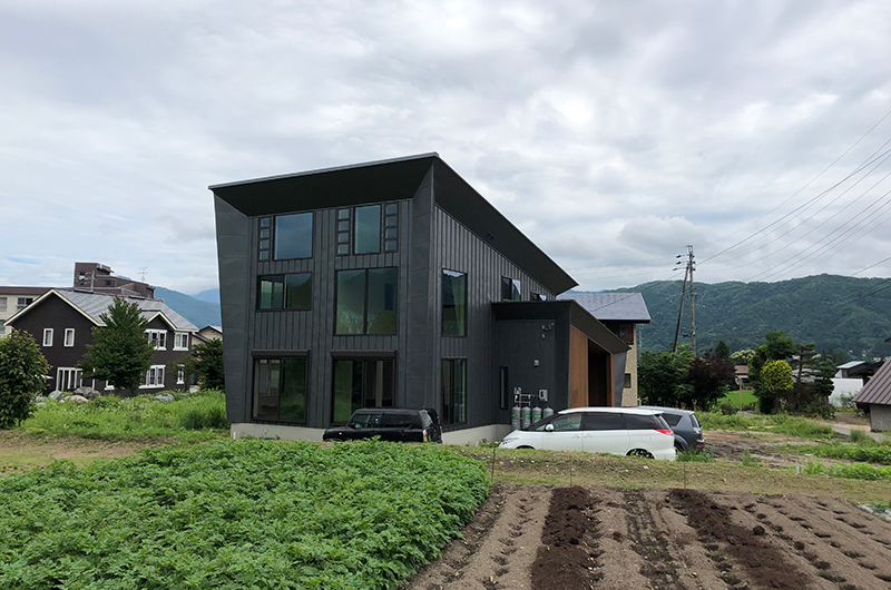 Bikei Chalet Building   Hakuba, Nagano