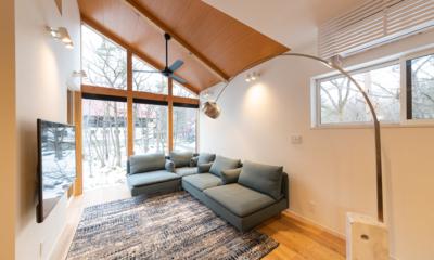 Black Crane Chalet Living Room | Hakuba, Nagano
