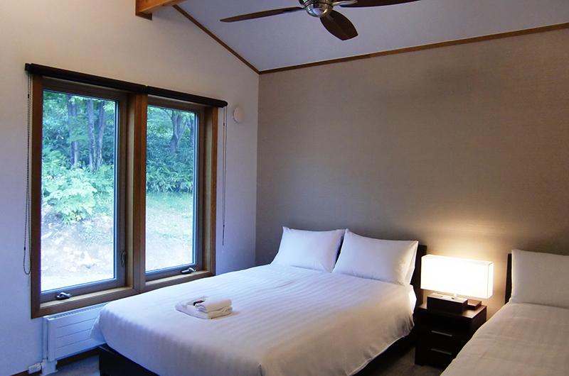 Creekside Guest Bedroom | Annupuri, Niseko