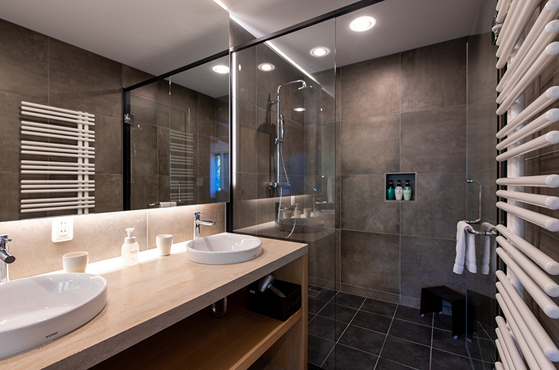 Kiraku Shower   Annupuri, Niseko