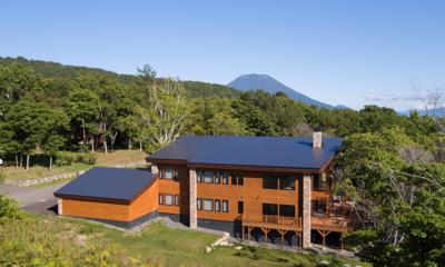Kiraku Exterior with Mount Views | Annupuri, Niseko