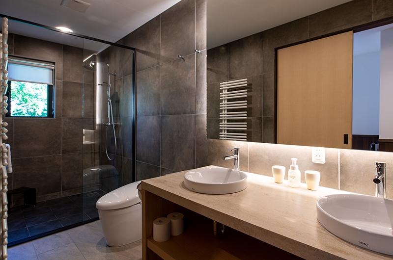 Kiraku Guest Bathroom   Annupuri, Niseko