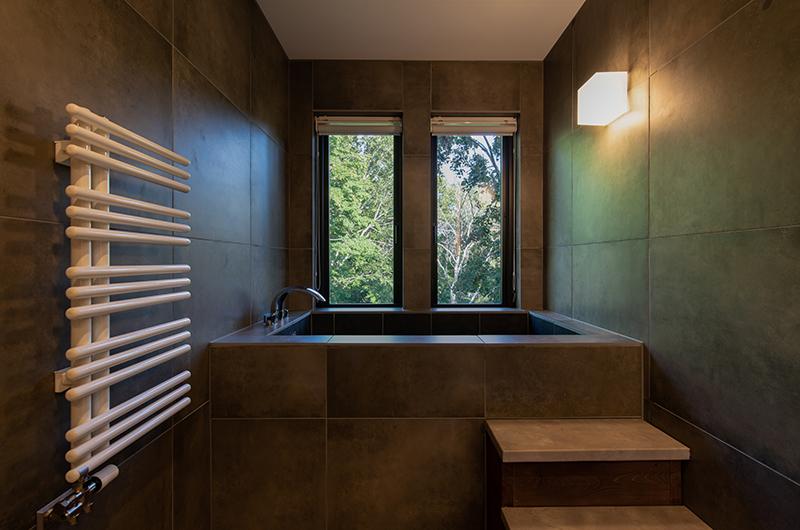 Kiraku Bathtub   Annupuri, Niseko